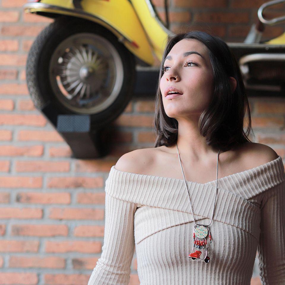Collier Gina Argent Rouge Taratata Bijoux Fantaisie en ligne 1